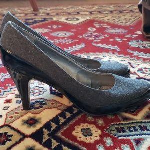 Liz Claiborne : Wool Look Career Heels 10